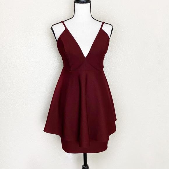Lulu's Dresses & Skirts - Lulu's Formal Maroon Mini Dress Size Large